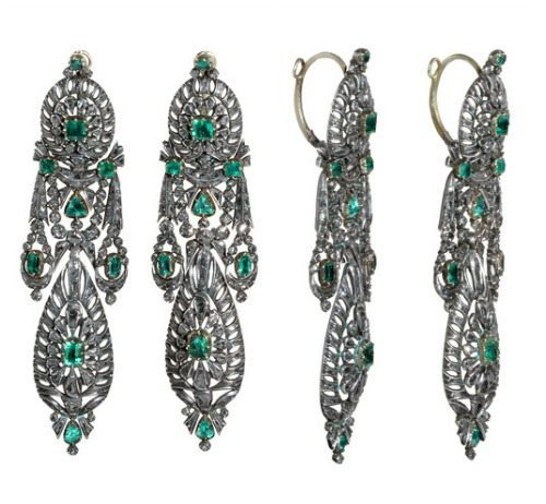 Spanish diamond and emerald earrings in silver. Circa 1780.