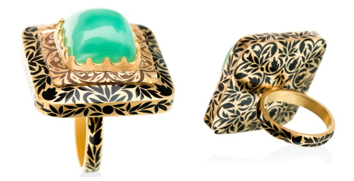 sikkims-secret-ring-from-agaro-jewels-roya-collection-showen-here-with-a-chrysoprase-center-stone-in-gold-with-enamel