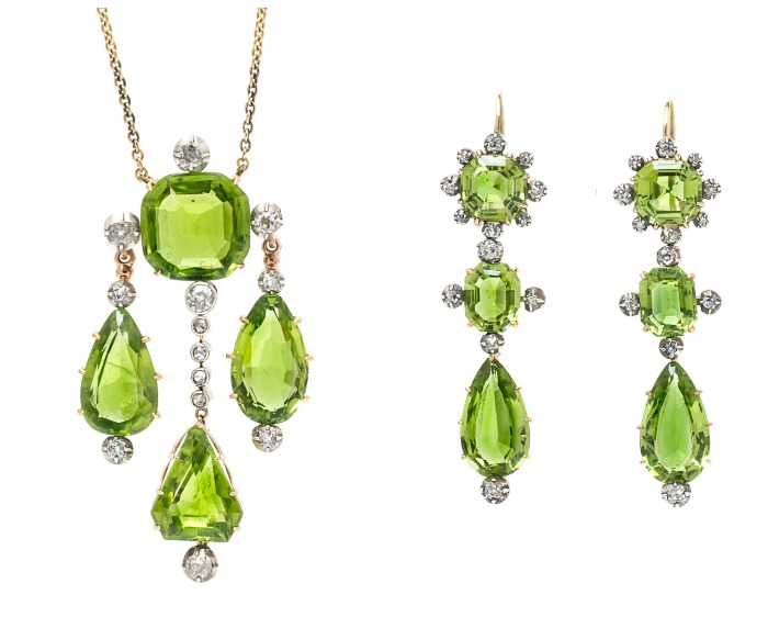 The stunning peridot parure features 16.80 carats of delicious peridot in the 2017 Pantone color of the year, Greenery.