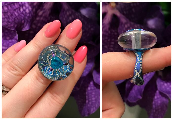 An incredible ring by Arunashi. Titanium, Paraiba tourmaline, and magic.