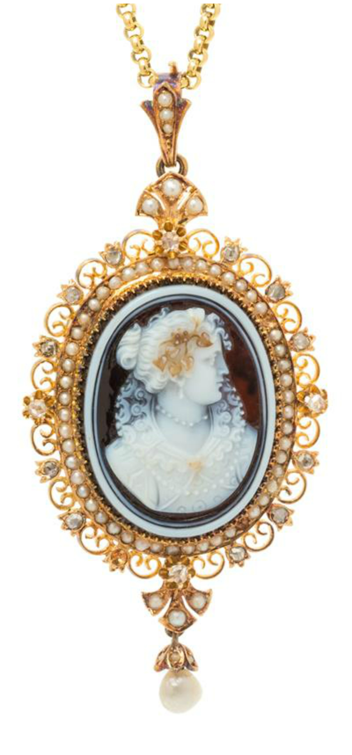 A Victorian era necklace with a sardonyx cameo showing a woman in Elizabethan period dress, with diamonds and pearls. .