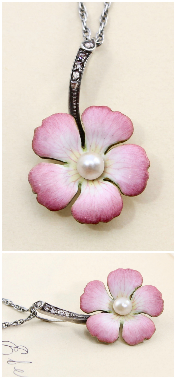 A lovely antique enamel flower and pearl pendant necklace. From the Art Nouveau era.