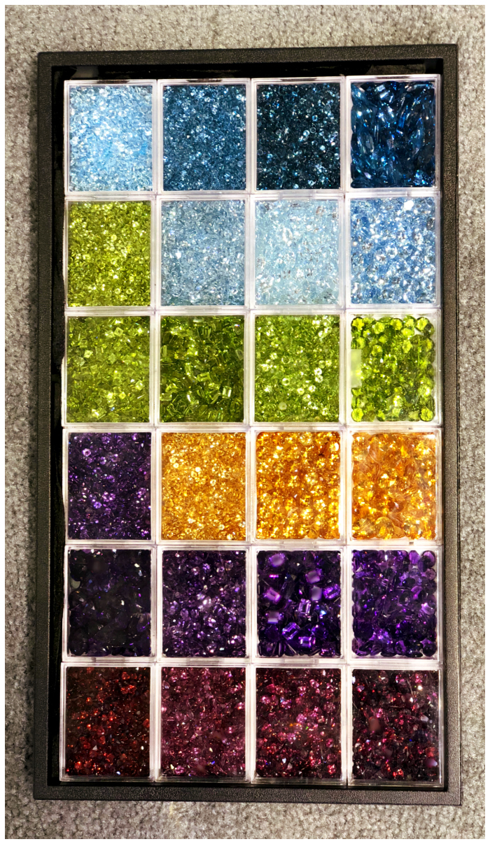 The AGTA GemFair brings out the finest gem dealers from all over the world! This tray of beautiful gems is from Kaiser Gems.