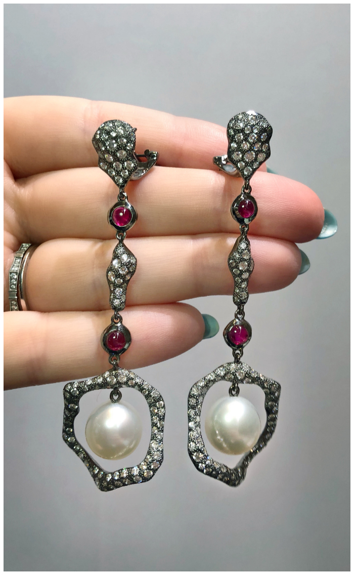A stunning pair of pearl, ruby, and diamond earrings by Antonini. One of the extraordinary Italian jewelry brands I saw in Las Veags!