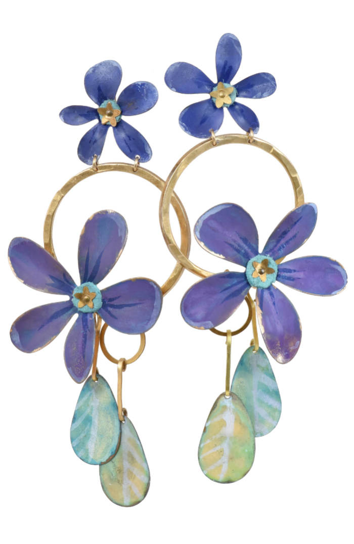 I love these flower earrings by We Dream in Colour! Such great summer statement earrings.