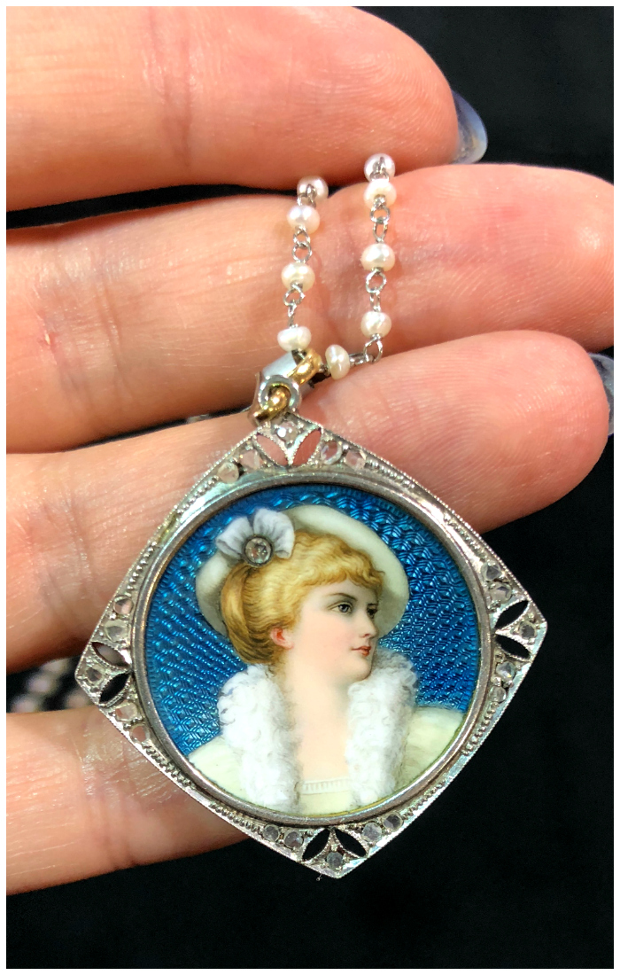 An exquisite Edwardian era portrait locket from Excalibur, spotted at the 2018 Original Miami Beach Antique Show