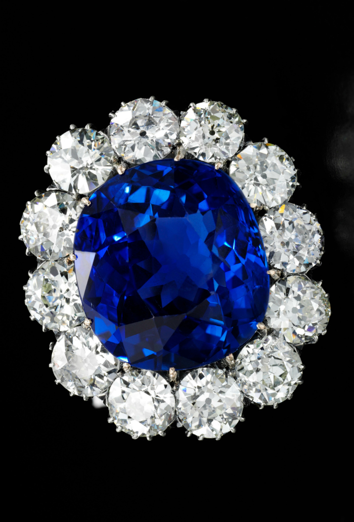 30.70 carat Ceylon sapphire and diamond brooch - Royal Jewels from the Bourbon Parma Family - Sotheby's November 2018