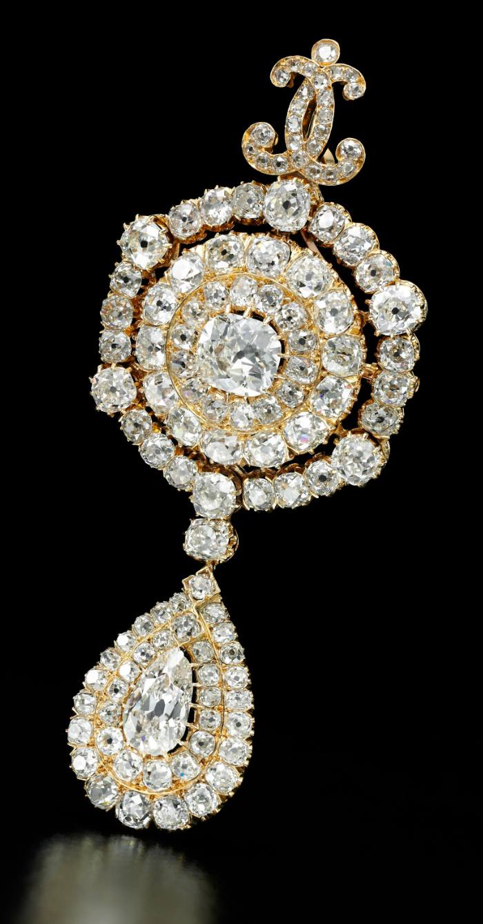 Diamond pendent-brooch, circa 1869 - Royal Jewels from the Bourbon Parma Family - Sotheby's 14 November 2018