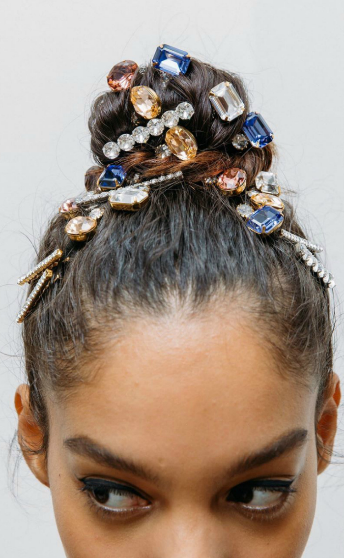 Look at this bun! Such a stunning style with hair jewels from Jennifer Behr.