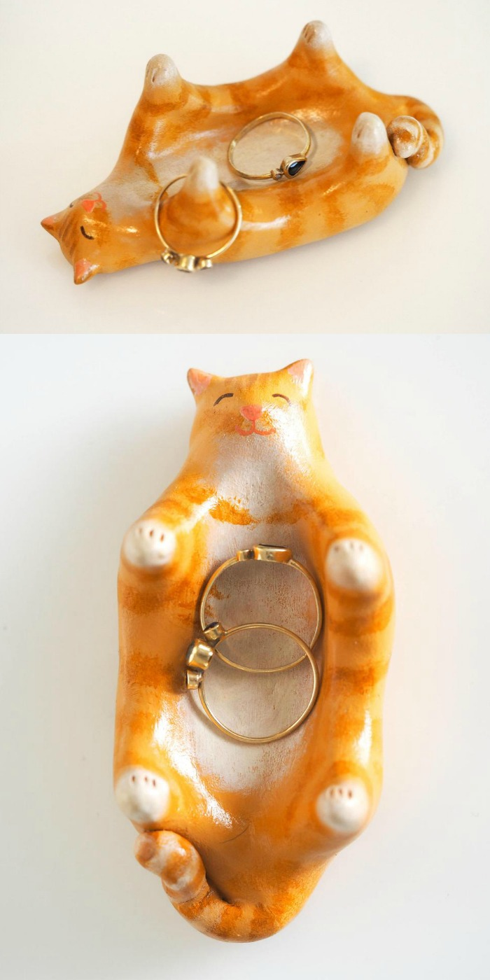 A hand painted orange kitty cat jewelry holder by Paint My Dream.