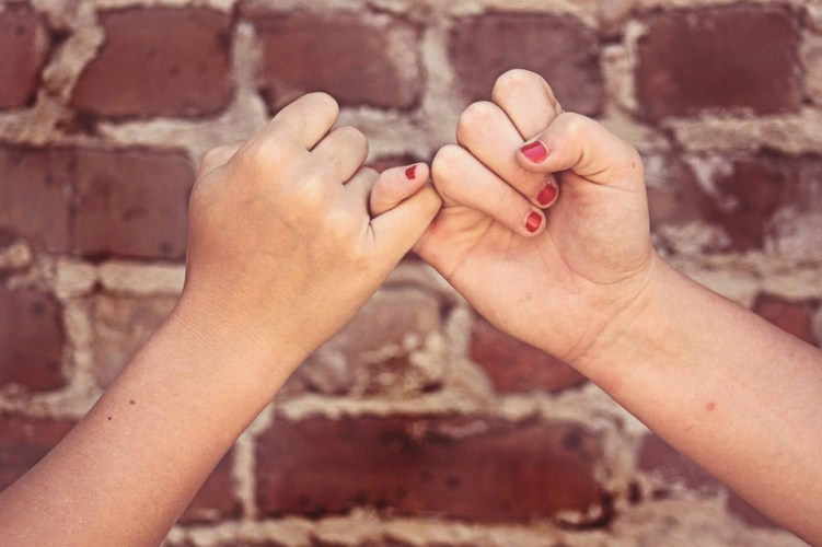 Tu ce înțelegi prin prietenie? Ai găsit prietenii adevărați?