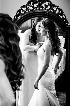 bride getting ready at the jacob bond house charleston sc (1)