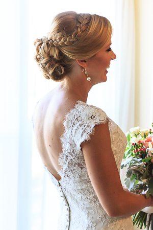 getting ready bridal wedding photos at the island house wedding venue charleston sc