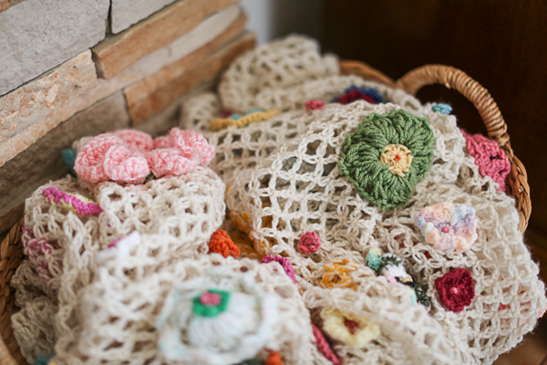crochet-blanket-anthropologie-quirky-heirloom-throw-pattern-mom001
