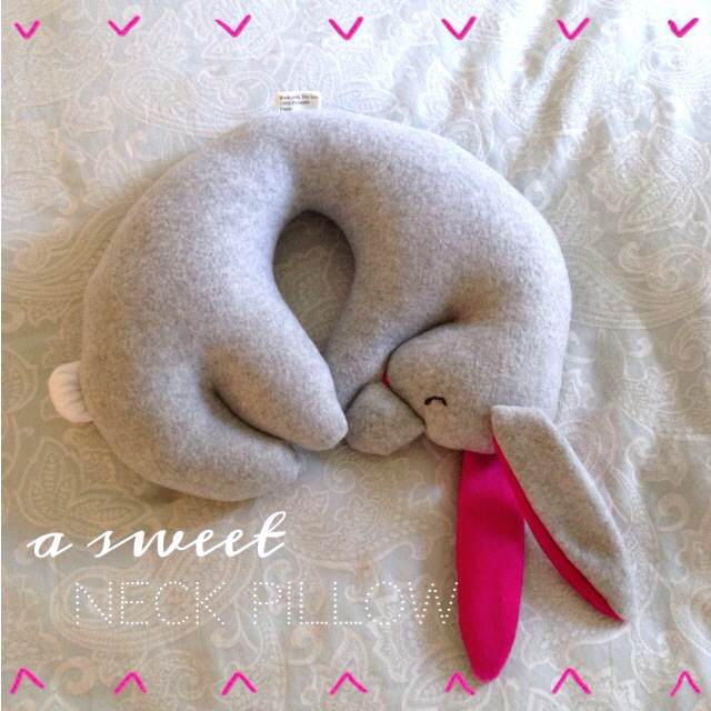 Animal Neck Pillow For Adults : Cutest Travel Pillow Diana Elizabeth