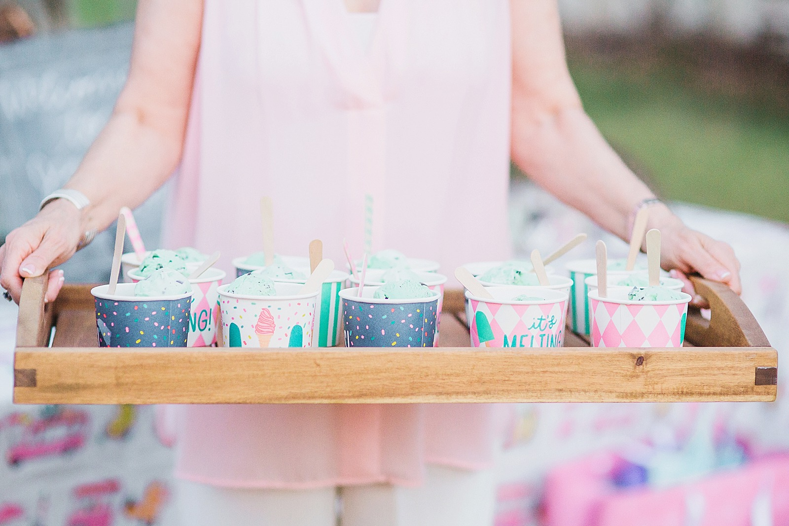 7 Top Tips For Throwing A Grand Party In A Small Home: Ice Cream Sprinkle At Dusk