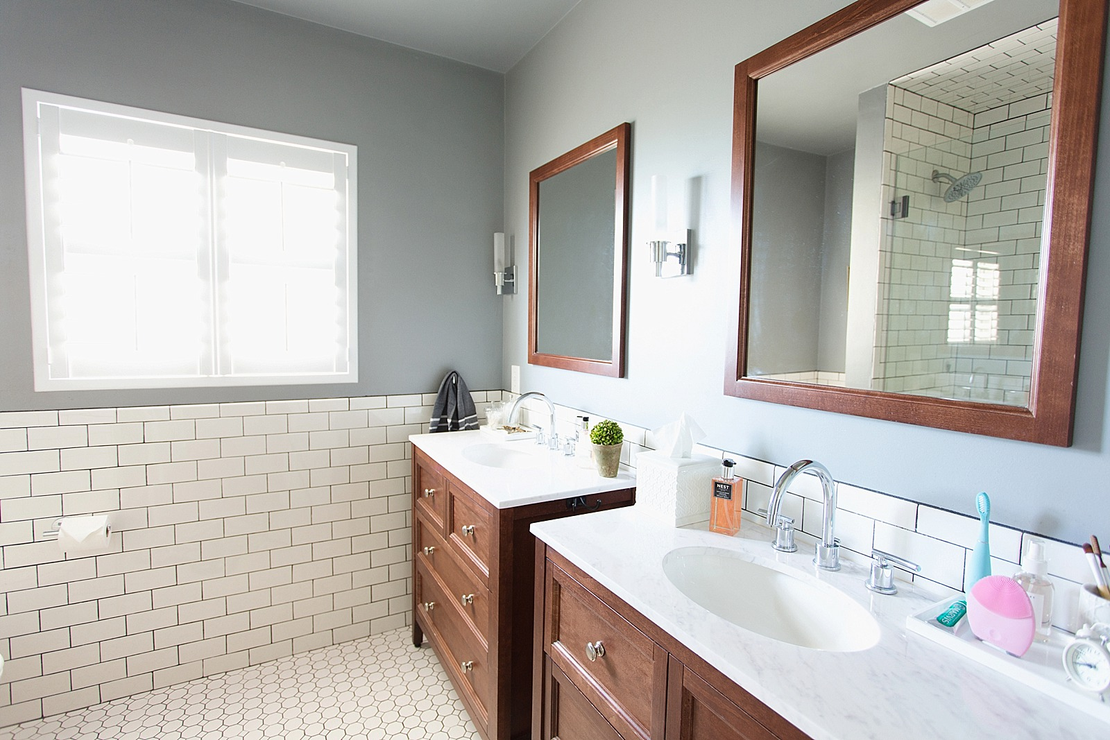 White Subway Tile With Dark Black Grout Bathroom Jonathan Adler Touches  Zebra Rug And Bathroom Refresh ...