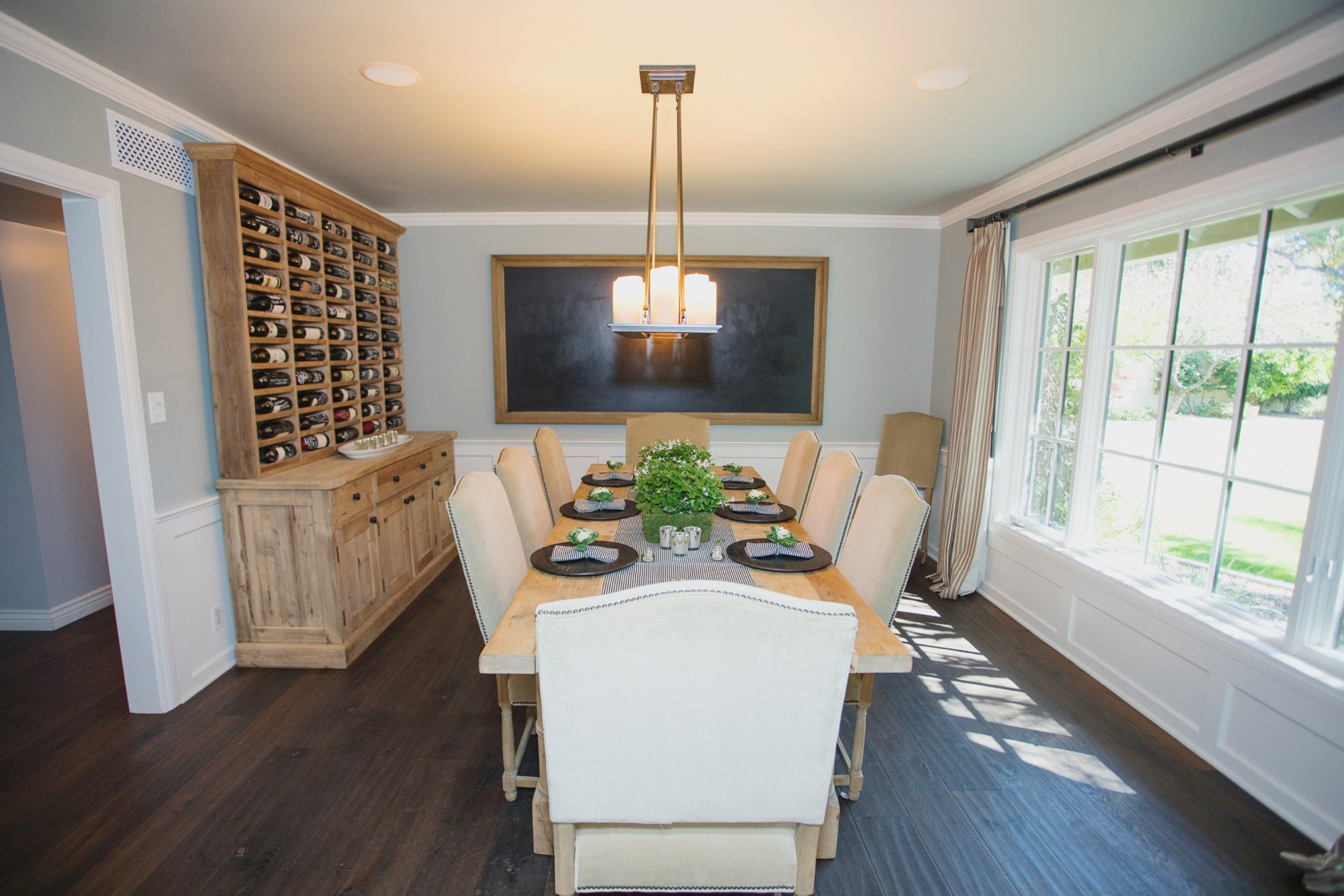 Central Phoenix arizona house tour To Have to Host Lory Parson living area spaces