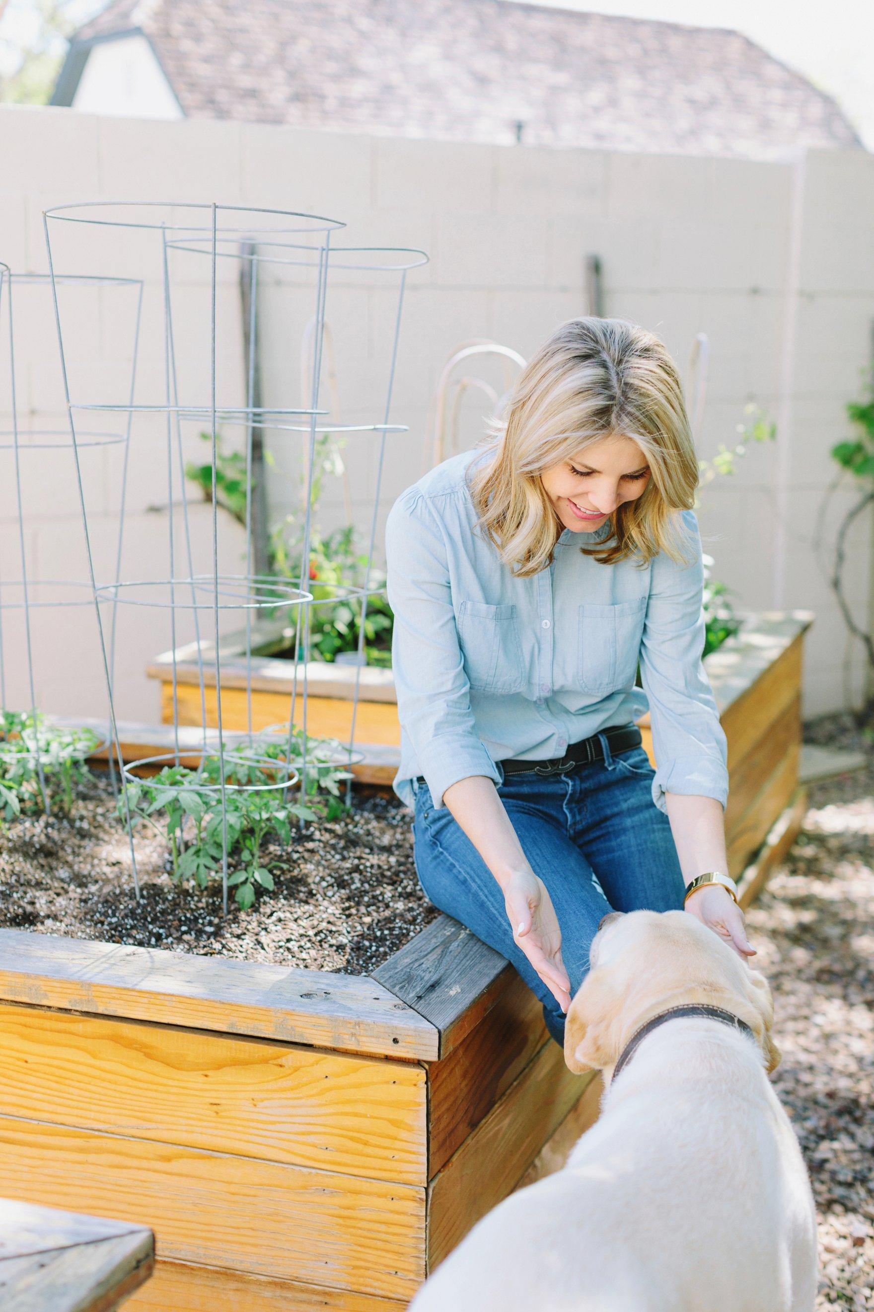 Central Phoenix arizona house tour To Have to Host Lory Parson backyard garden
