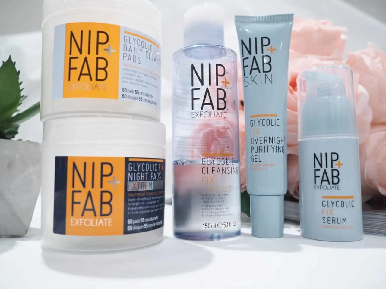 Nip+Fab Glycolic Facial Peel Skincare Review