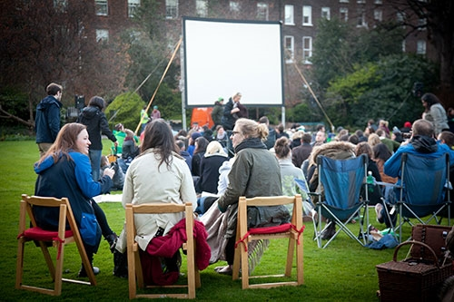 Cinema happening in Fitzwilliam Square © Clare Mulvany