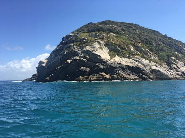 Pedra do Macaco em Arraial do Cabo