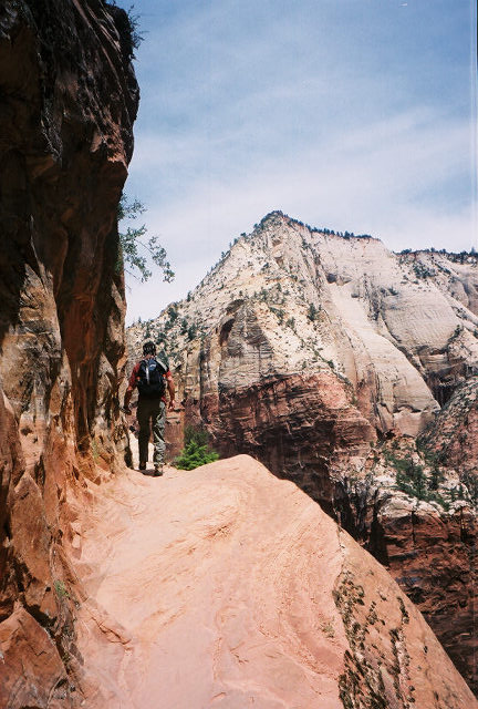 Hiking Hidden Canyon Trail