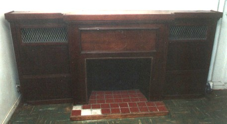 The Captain's cabin with its warm classic fireplace offered me an exclusive invitation in another time.