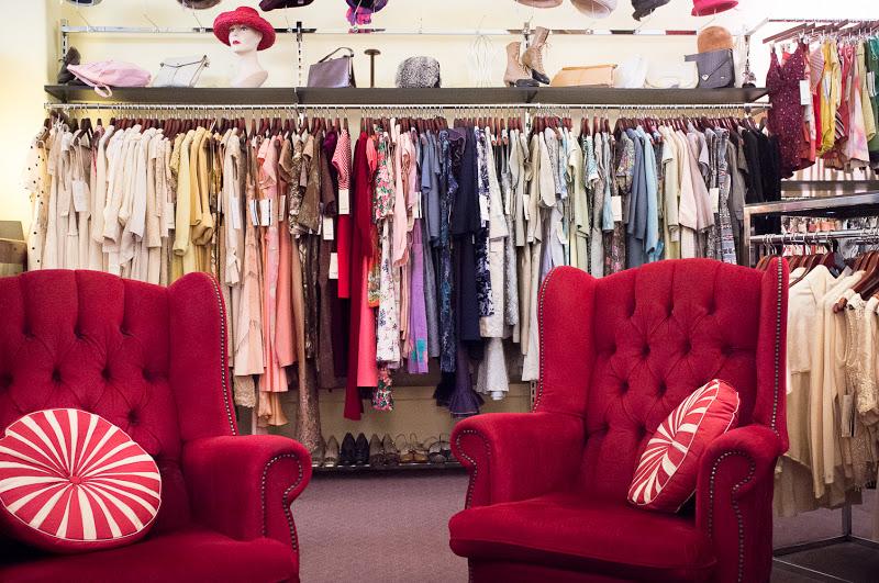 Vintage Shopping at Circa Vintage Clothing Melbourne