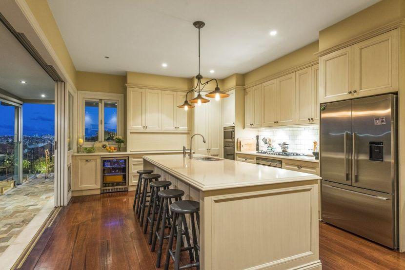 Edinglassie Landmark - family kitchen