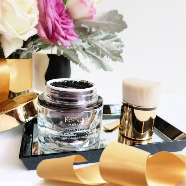 Estee Lauder Re-Nutriv Ultimate Diamond Revitalizing Mask Noir with truffle extract