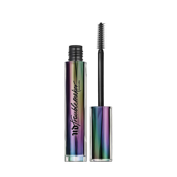 Urban Decay Troublemaker Mascara has a seriously effective wand for the formulation