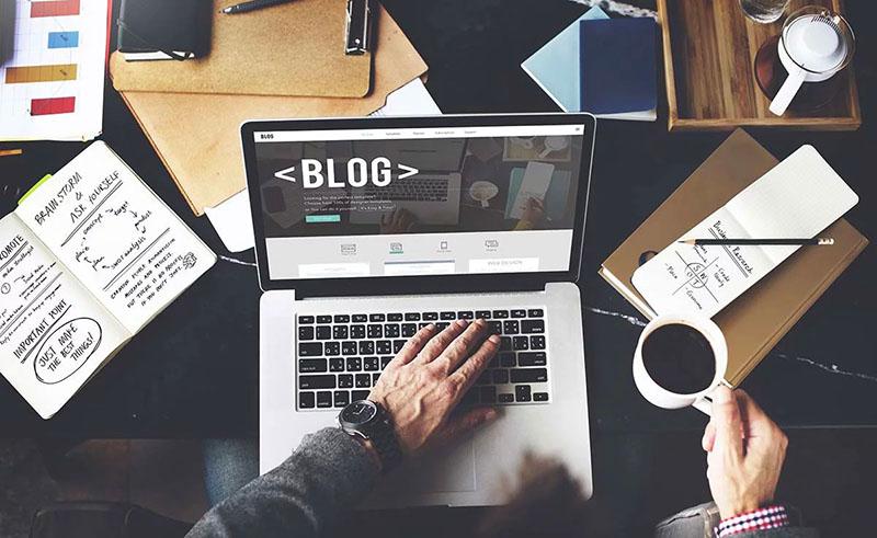 Bisnis Sampingan Menjadi Blogger