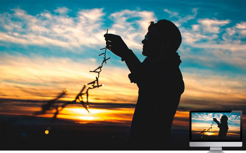 #16. Silhouette Garland Sunset Wallpaper