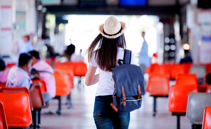 Cermati Jadwal Travel Anda