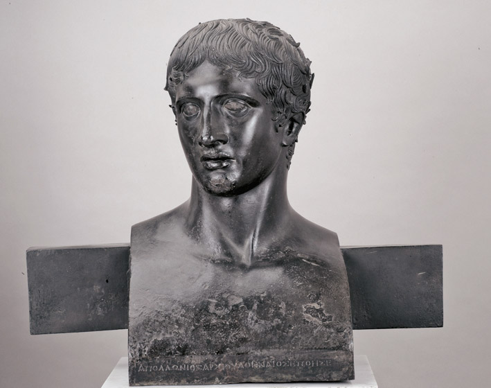 erm Bust of the Doryphoros, 50 - 1 BC; bronze. Lent by the National Archeological Museum, Naples (MANN). Photo: National Gallery site.