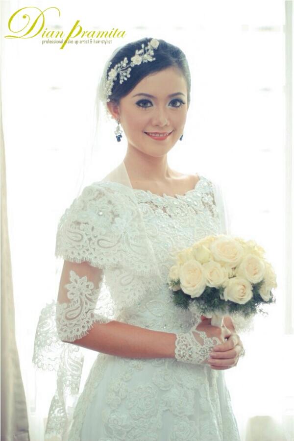 Akad Nikah Resepsi Pernikahan Dian Pramita Make Up Artist