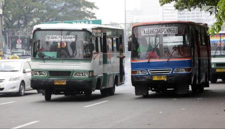 keliling jakarta naik metromini - diantin.com