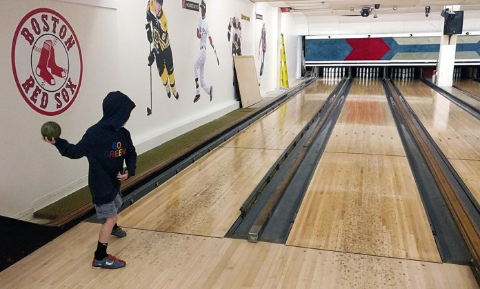 Candlepin Bowling, bowling, new england, southie bowl, diapersonaplane, diapers on a plane, creating family memories, family travel, traveling with kids,