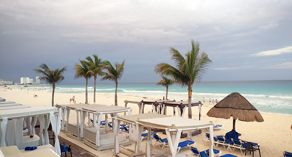 Cancun, All Inclusive Resort in Cancun, Mexico, Hotel Zone, Family Hotel in Cancun, diapersonaplane, diapers on a plane, creating family memories, family travel, traveling with kids,