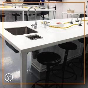 Laboratorio-Universidad-Manuela-Beltran-2