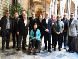 signatura acord marc restauració barcelona