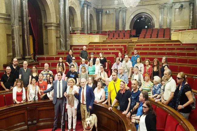 trentena afiliats once visita parlament