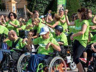 flashmob carrer dia paràlisi cerebral