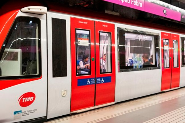 vagons-metro-vermell-accessibilitat-discapacitat-visual