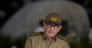 Estados Unidos prohíbe futuros ingresos a Raúl Castro 13