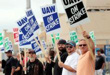 Photo of Segunda semana de huelga en GM: Siguen las negociaciones.
