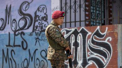 El Salvador cambia estrategia antipandillas con ayuda de EEUU 8