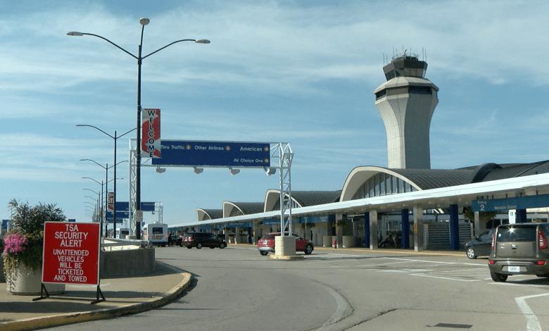 Aeropuerto Lambert dará comienzo a la temporada de viajes festivos el Viernes. 1