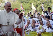 Photo of Papa atiende a jerarquía eclesiástica tailandesa y a jóvenes